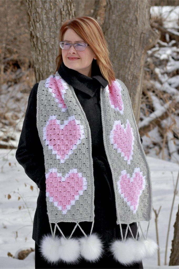 Free Valentine's Day rochet Pattern Round Up - Available from The Loopy Lamb Blog.