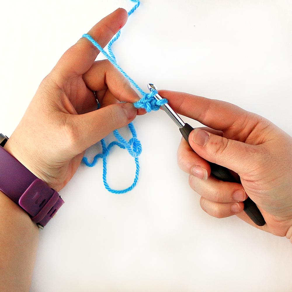 Foundation Single Crochet Stitch Step 7