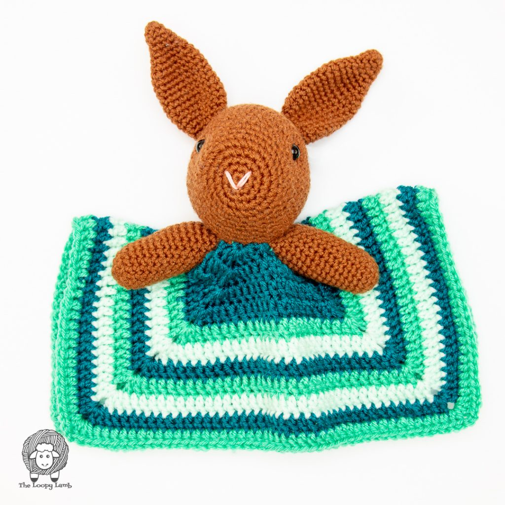 security blanket toy with a bunny head made with this free crochet pattern