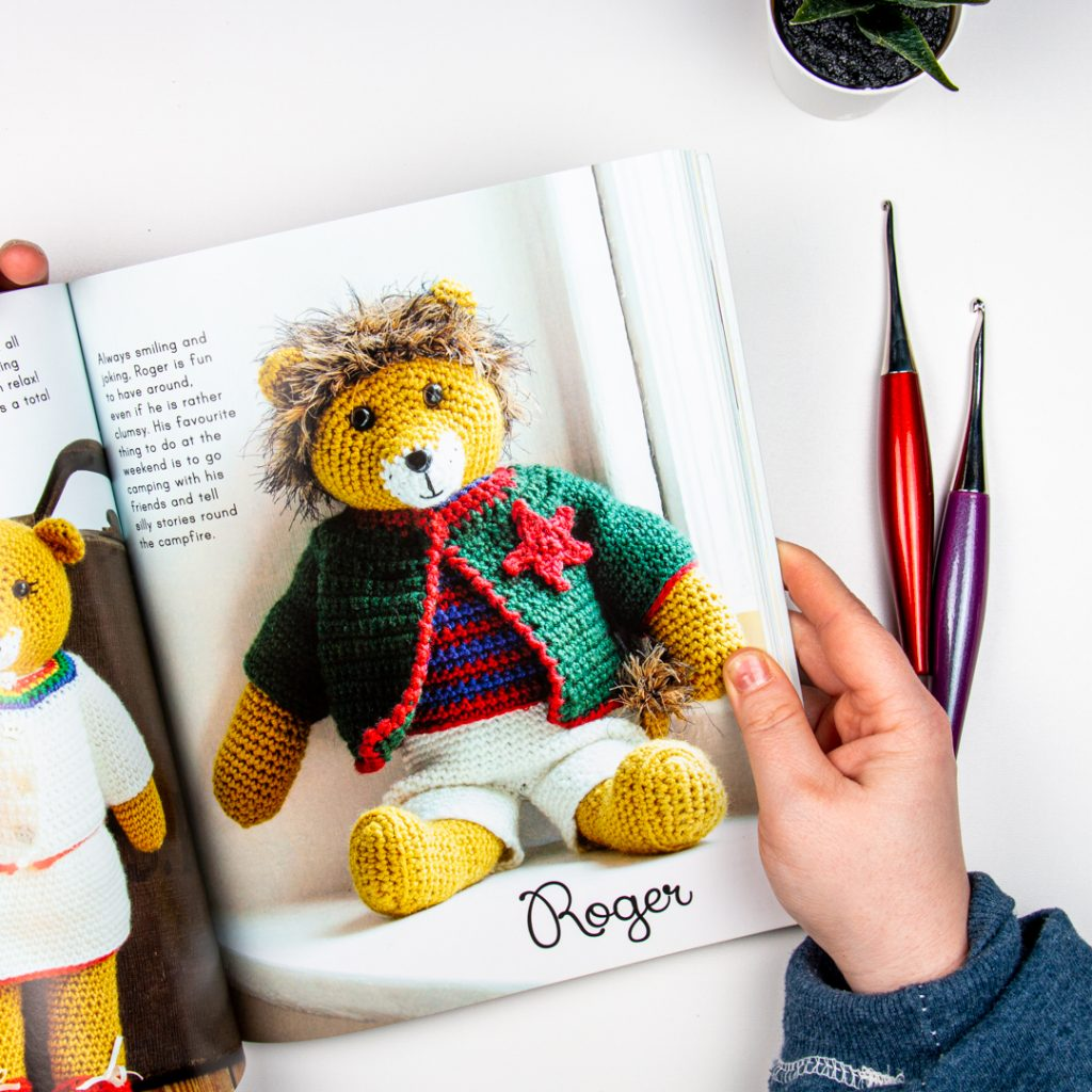 photo of roger the lion from inside the Cute Crocheted Wild Animals Book being reviewed.