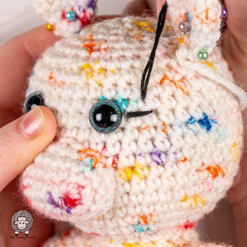 amigurumi eyelash embroidery photo instructions step 1.