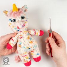 Free Crochet Unicorn Pattern – Eunice the Unicorn