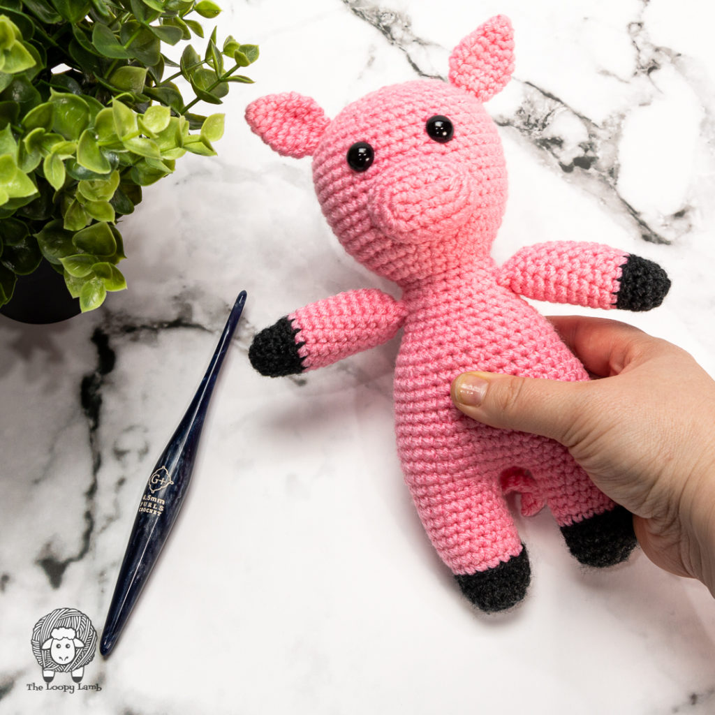 small amigurumi pig made with this free crochet pattern